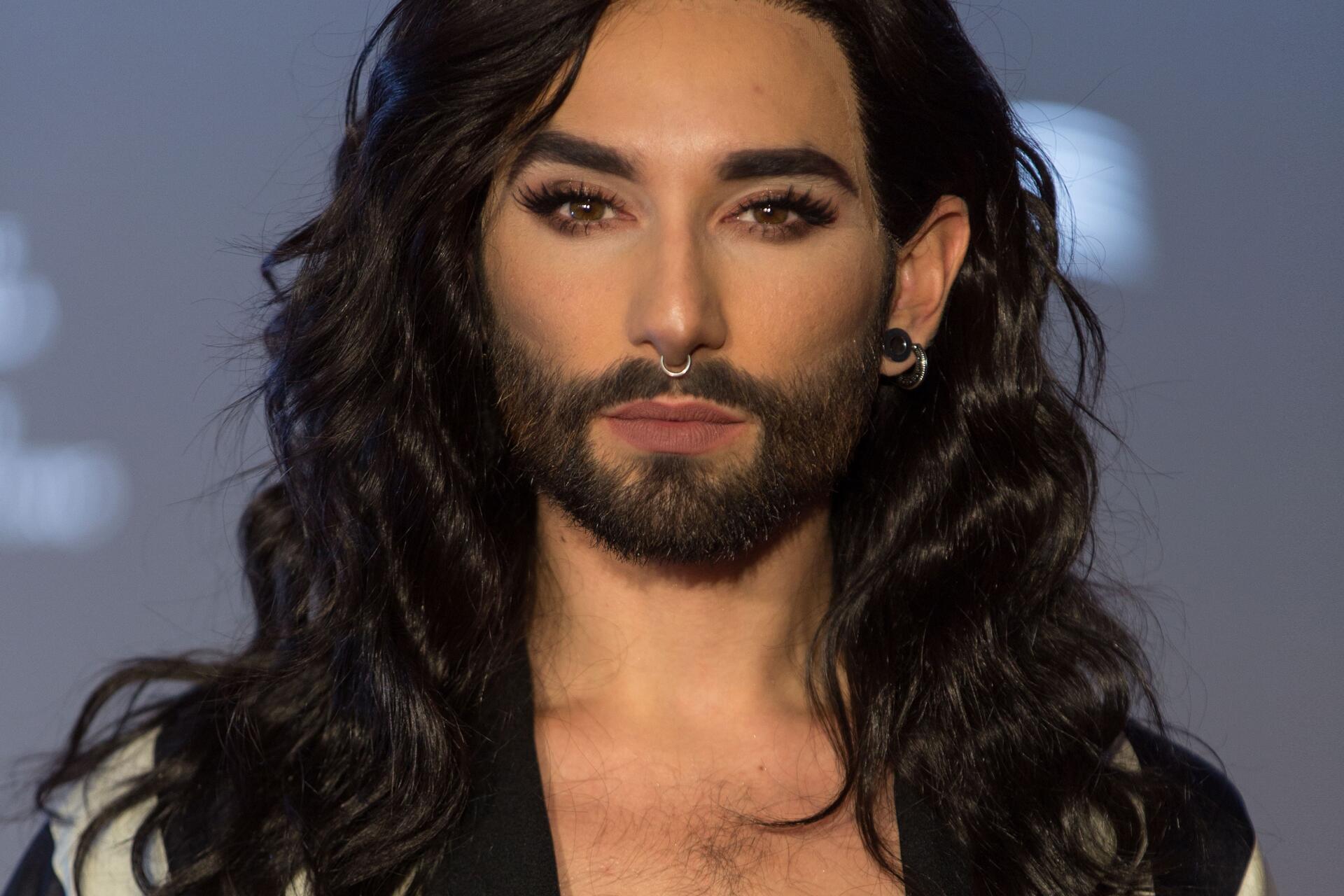 "Photo of Conchita Wurst ""morreu""?!"