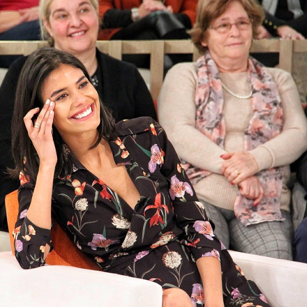 Photo of Isabela Valadeiro saiu da TVI para a SIC a ganhar 5 mil euros mês… e a TVI AZIOU