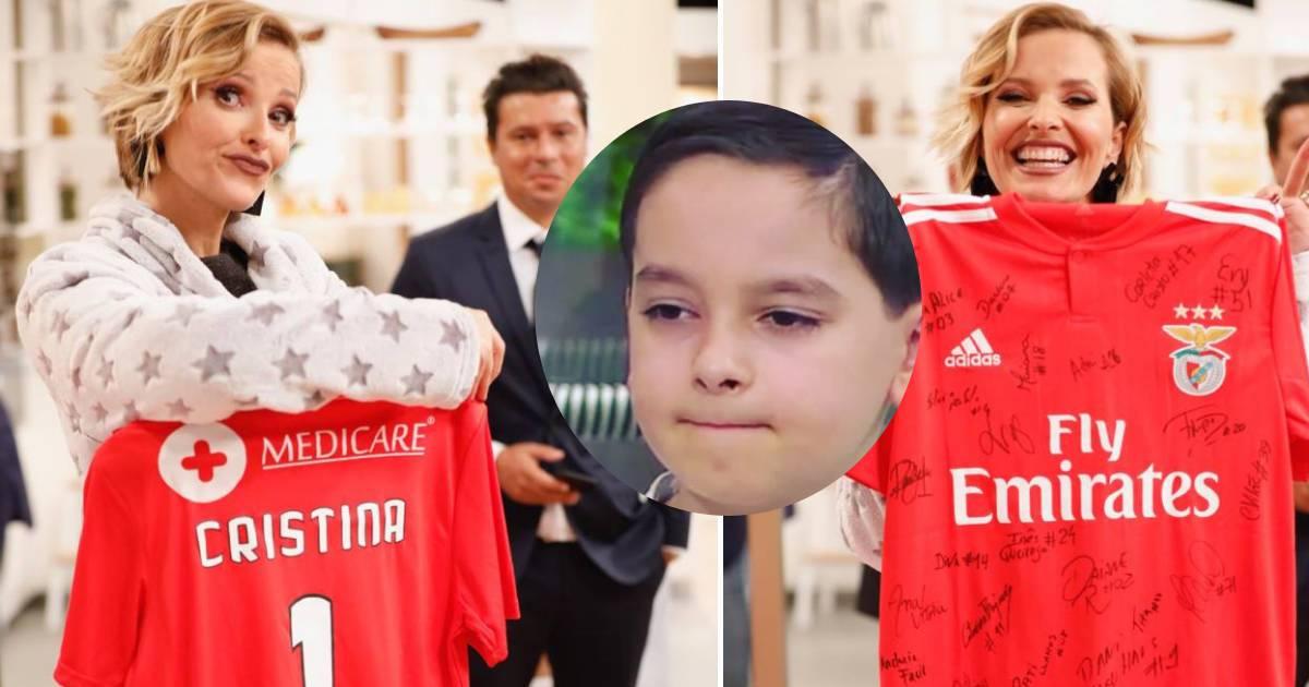 Photo of Cristina Ferreira EMOCIONADA com criança que sofreu AVC e foi acarinhado pelo PIZZI do Benfica