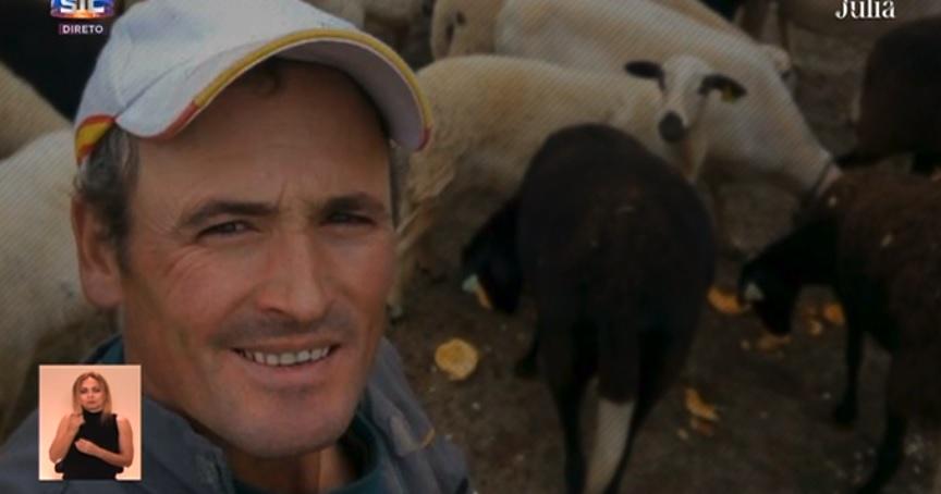 Photo of Agricultor Ivo Pires faz revelação e diz que não quer nenhuma. Mentiu a Júlia Pinheiro?!