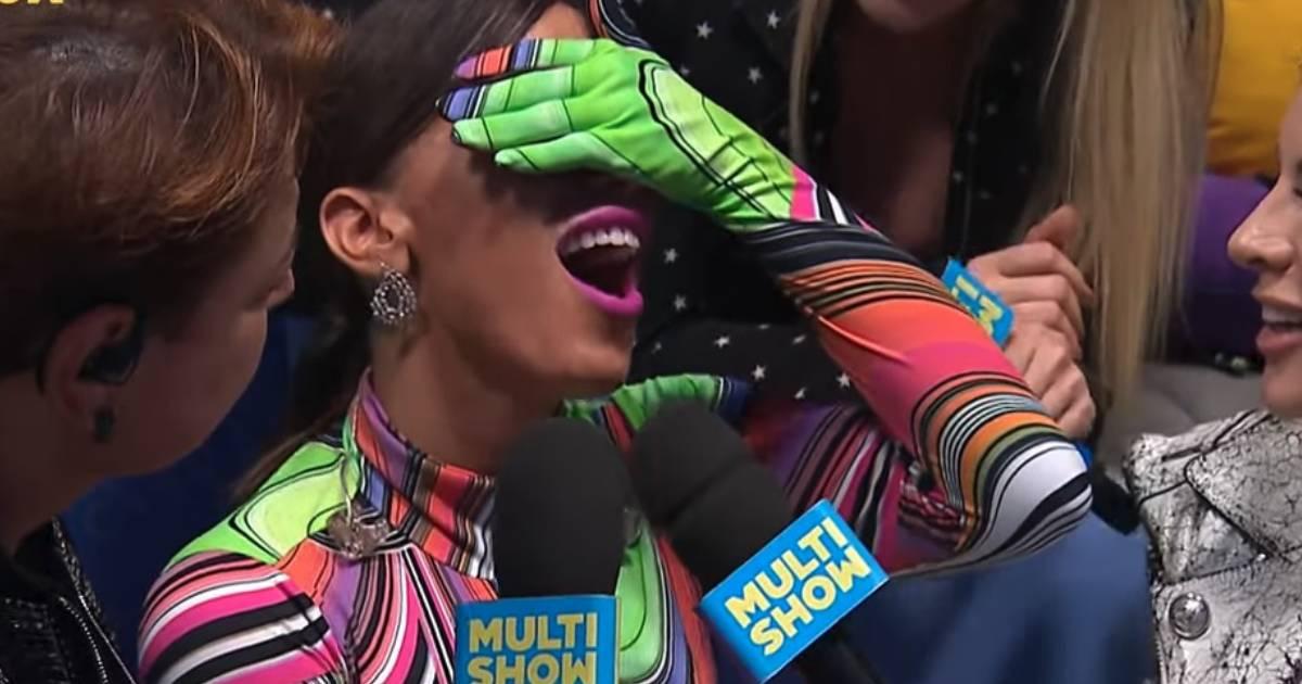 Photo of Cantora Anitta com depressão e esgotamento. Faz pausa na carreira