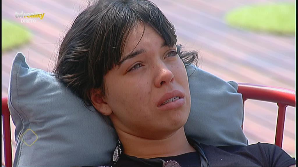 Photo of Like Me. Isabela tenta dar a volta a Elisabete Moutinho… com uma desculpa «esfarrapada»