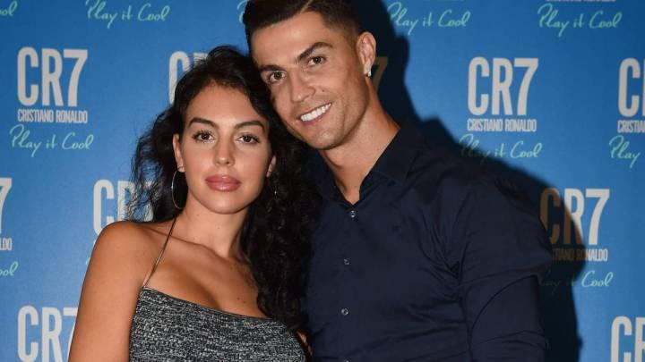 """Photo of Cristiano Ronaldo prefere golos ou """"fazer o amor""""? Ele responde!"""