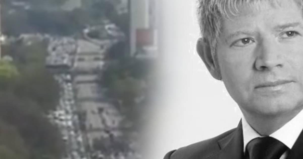 Photo of Cortejo fúnebre de Roberto Leal faz parar São Paulo