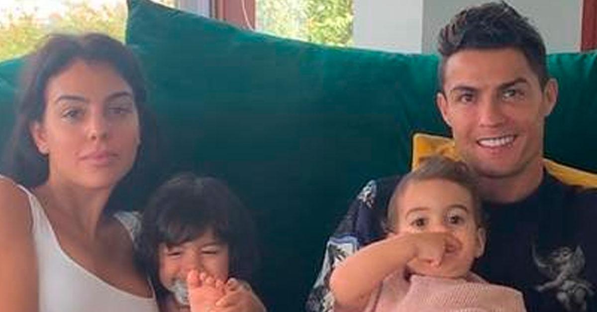 Photo of Cristiano Ronaldo partilha fotografia amorosa em família