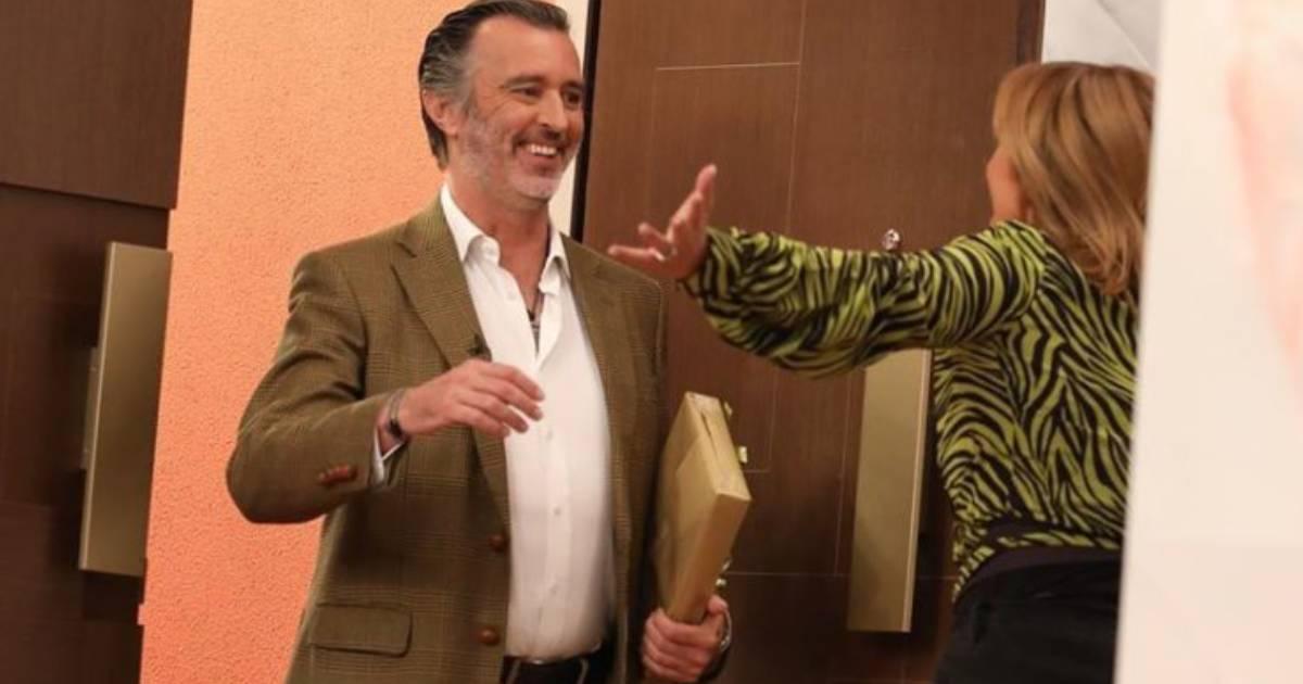"""Photo of Antigo director da TVI declarou-se a Cristina Ferreira: """"Amo-te muito"""""""