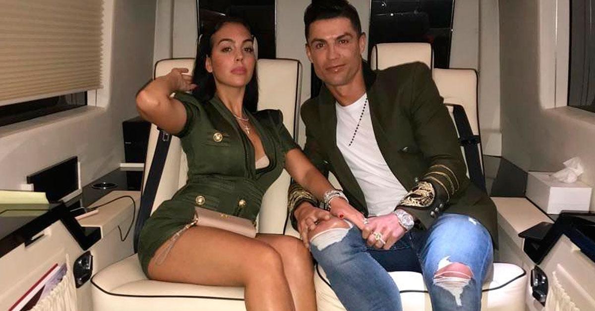 Photo of SURPRESA! Cristiano Ronaldo declara-se a Georgina Rodriguez publicamente