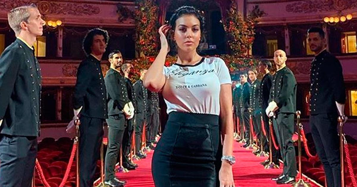 Photo of Georgina Rodríguez ARRASA no look para assistir a desfile de moda em Milão