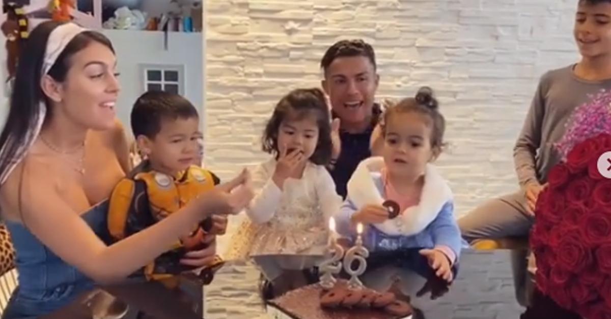 Photo of Georgina Rodriguez mostra vídeo de Cristiano Ronaldo a cantar os parabéns