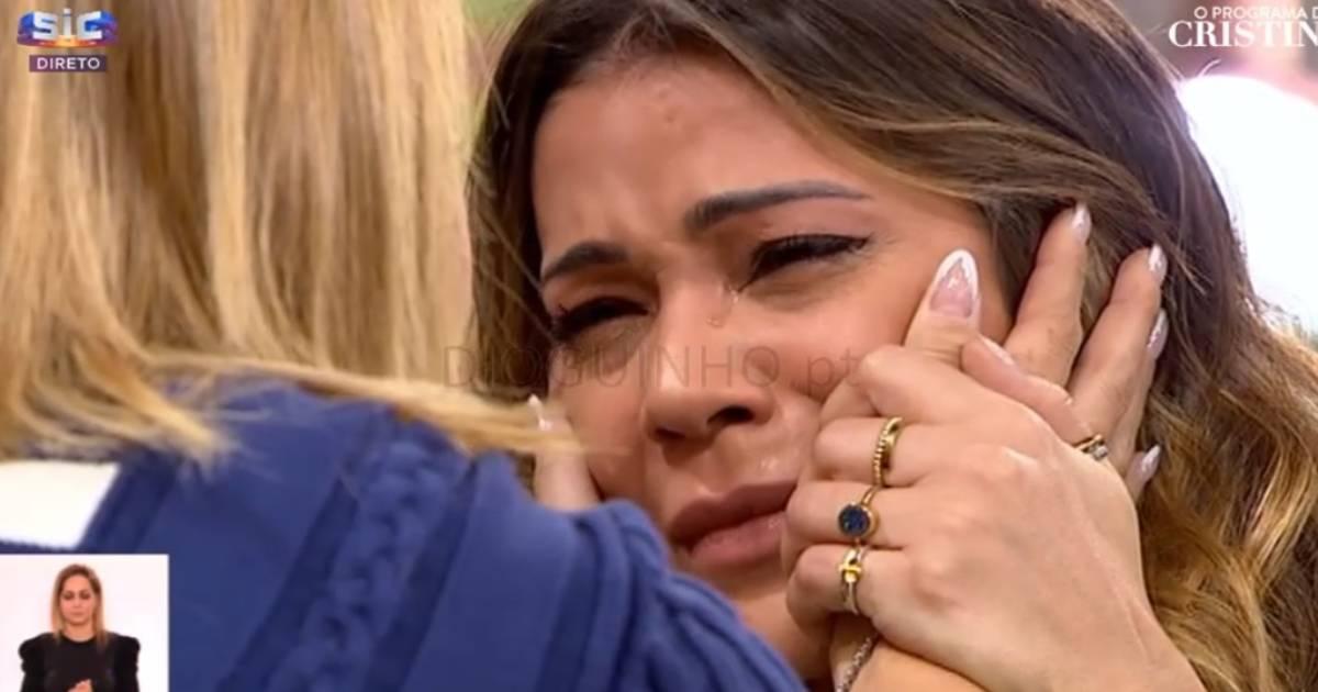 Photo of Raquel Tavares é a nova menina bonita da SIC… e passa a ser APRESENTADORA