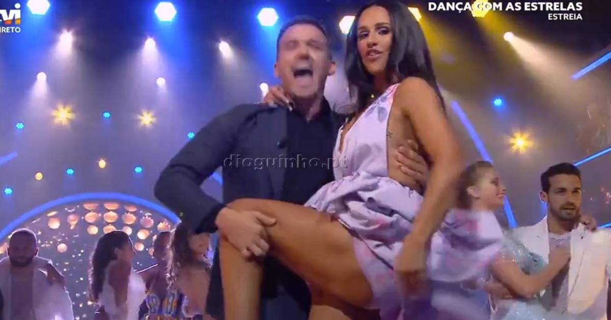 Photo of Dança com as Estrelas com abertura em grande e Rita Pereira ARRASA