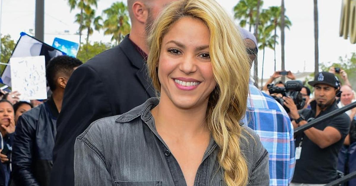 Photo of Fotos mostram celulite de Shakira e geram enorme polémica