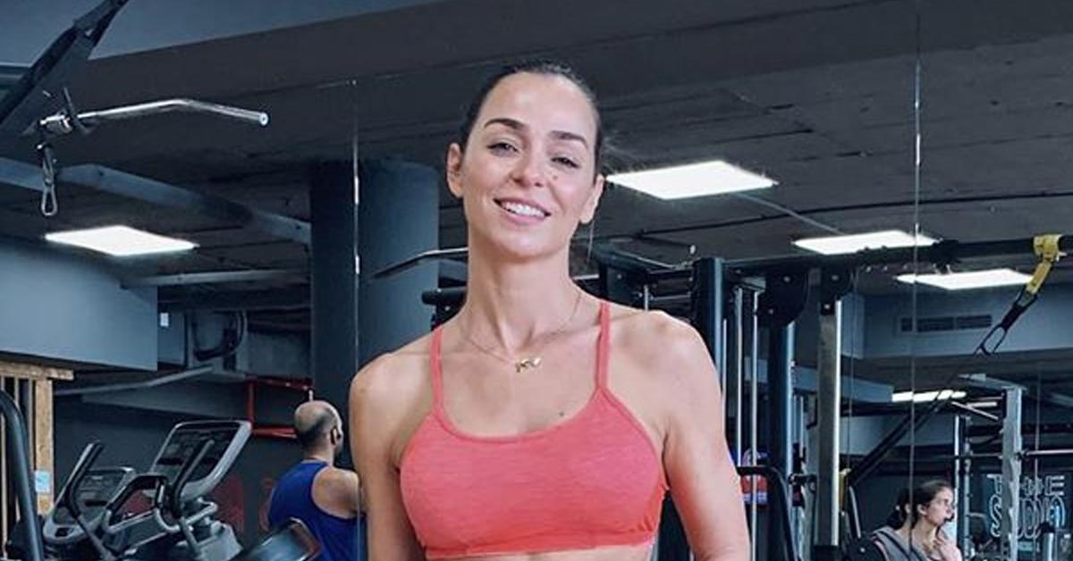 """Photo of Após cirurgia, Vanessa Martins regressa ao ginásio e mostra """"barriguinha"""""""