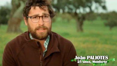 """Photo of Agricultor João Paliotes: """"Há uma [convidada] que me desorienta mais a cabeça"""""""