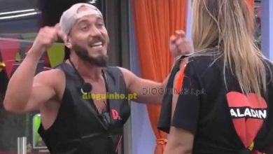 Photo of Daniel Monteiro em nova discussão. ARRASA Angelica.. agressivamente!