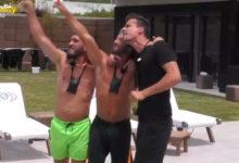 """Photo of Amigos ajudam a enterrar Hélder com avião de """"apoio"""""""