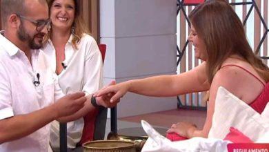 Photo of Noélia é pedida em casamento em directo… com ANEL!