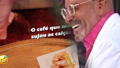 Photo of Goucha tem pequeno acidente… entorna café em cima de si!