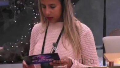 """Photo of Joana recebe carta e atira """"tens um isqueiro? Posso queimar?"""""""