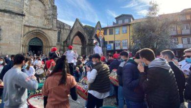 Photo of VERGONHA. Centenas de pessoas nas Festas Nicolinas de Guimarães